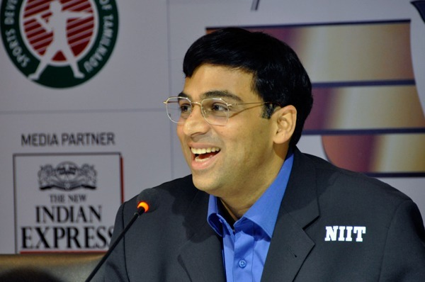 anand-carlsen-3-4